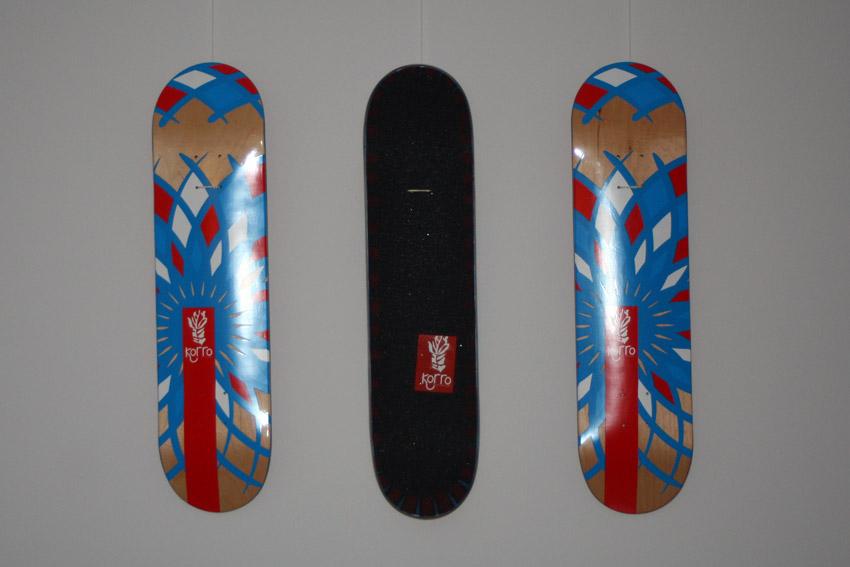 exposition korro skateboards cr er une oeuvre d 39 art skateboard korro skateboards break the. Black Bedroom Furniture Sets. Home Design Ideas